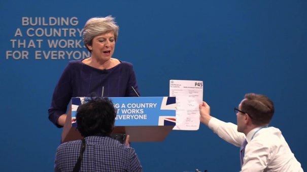 TRĂDAREA Doamnei de Tinichea: Brexitul a fost COMPROMIS pentru a nu AMPLIFICA Efectul Trump