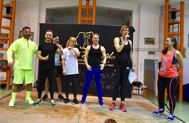 Roxana Ciuhulescu a făcut sport alături de participanţi