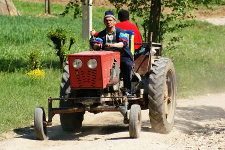 Breaking News! Tragedie pentru un lider PSD. A fost strivit de tractor!