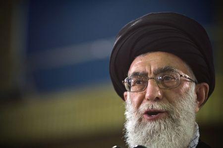 Europenii făcuți de râs! Khamenei: Franta, Germania, Marea Britanie nu sunt de încredere