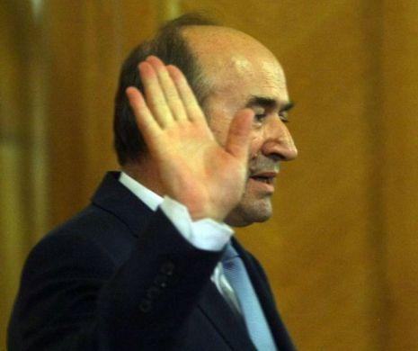 Război epocal în Justiţia din România! Ce a spus Birchall, ce a răspuns Toader? E cutremur