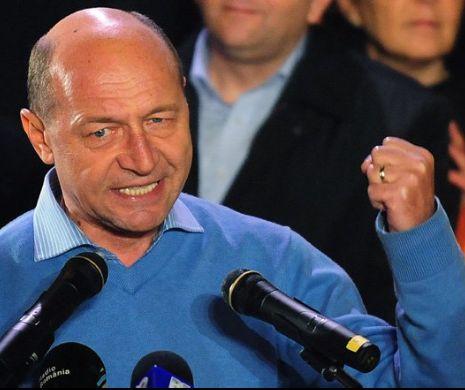 Dezvăluiri-bombă în campanie. Cine și cum l-a convins pe Băsescu să reintre în lupta politică