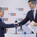 Dacian Cioloș își bate joc de strategia lui Dan Barna: Românii nu vor să știe ce pastile a mai luat!