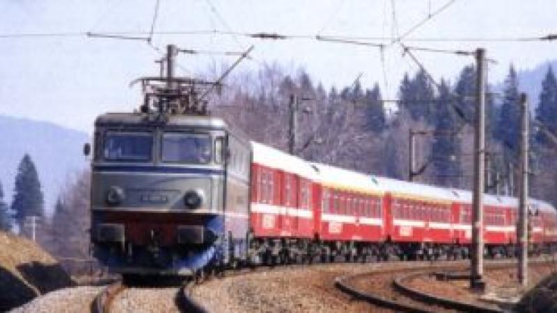 Nu e glumă… doar bătaie de joc! Trenurile României, mai lente decât trotineta electrică
