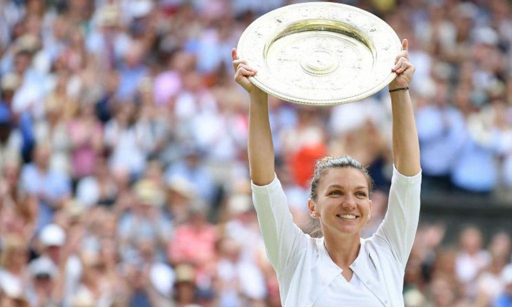"""Simona Halep prezintă trofeul de la Wimbledon. 10.000 de fani sunt pe """"Arena Națională"""""""