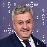 """PSD pregătește """"cătușe"""" pentru Iohannis. Proiect de lege exploziv, depus la Senat"""