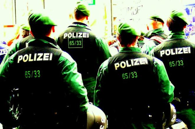 UPDATE: Scandal național în Germania. Poliția, acuzată de rasism față de români
