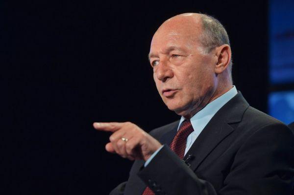 Exclusiv. Traian Băsescu amână anunțul candidaturii la Primăria Capitalei. Oferta ridicolă a PNL