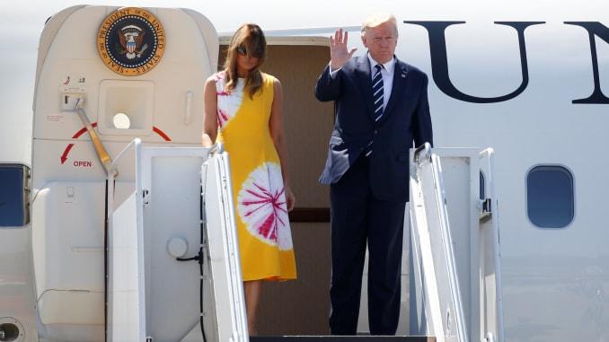 Nici garda de onoare nu mai e ce-a fost… Soldații francezi și Melania Trump. Imagini incredibile în articol