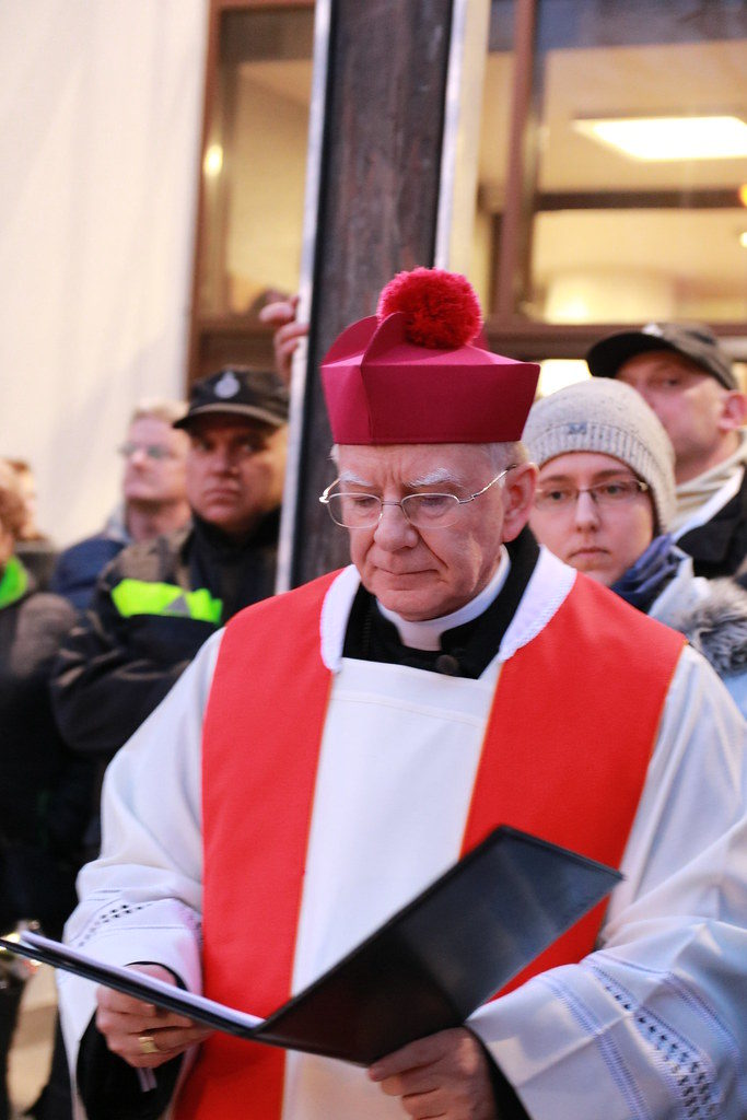 """Arhiepiscopul Cracoviei:""""Ciuma neagră încearcă să cotropească Polonia"""""""