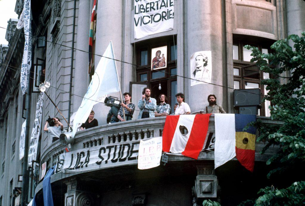 """Frumoasa și tragica poveste a """"Ligii Studenților"""", cea mai vocală entitate civică de acum 30 de ani"""