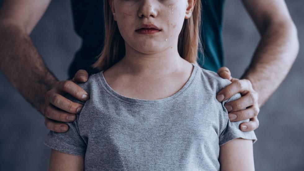 Un nou caz odios îngrozește România! Minora, supusă la abuzuri greu de imaginat