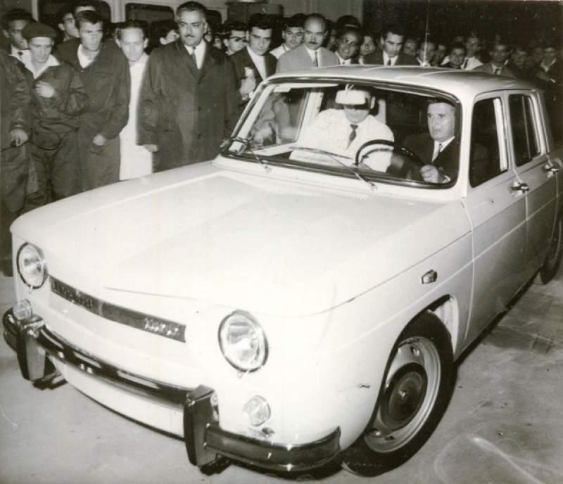 Prima Dacie a ieșit pe poarta fabricii acum 51 de ani. De fapt nu era prima. Cum a fost mințit Ceaușescu
