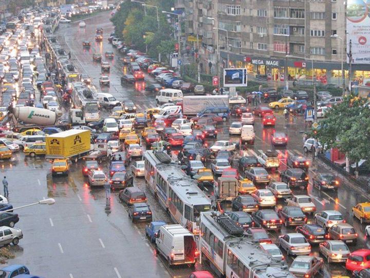 Big Brother pe șosele! Soluție pentru țara cu cele mai proaste drumuri și morți absurde