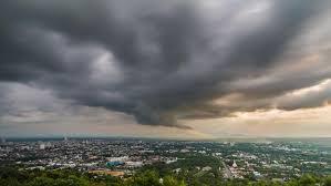 Meteorologii sunt în alertă! Fenomene bizare în plină toamnă. Atenție, români!