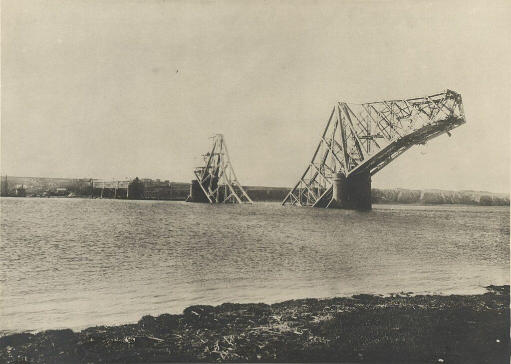 August 1916. Aeroplane germane azvârl bombe peste Constanța și Ploiești