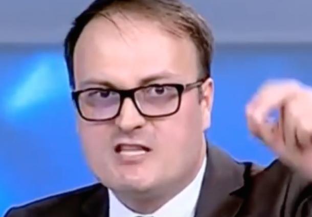 """Cumpănașu, atac violent după ce copiii lui au fost umiliți. """"Ignoranți dobitoci ce sunteți!"""""""
