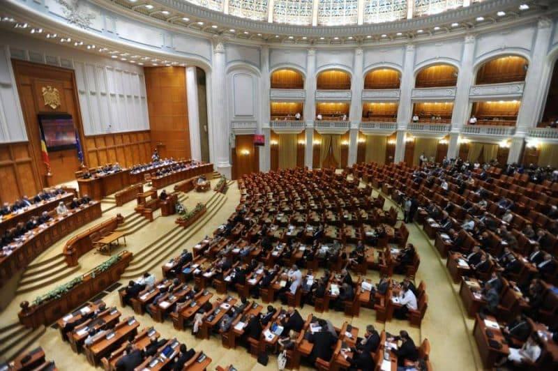 Ședință de urgeță la Parlament. Opoziția pune la cale strategia pentru eliminarea lui Dăncilă