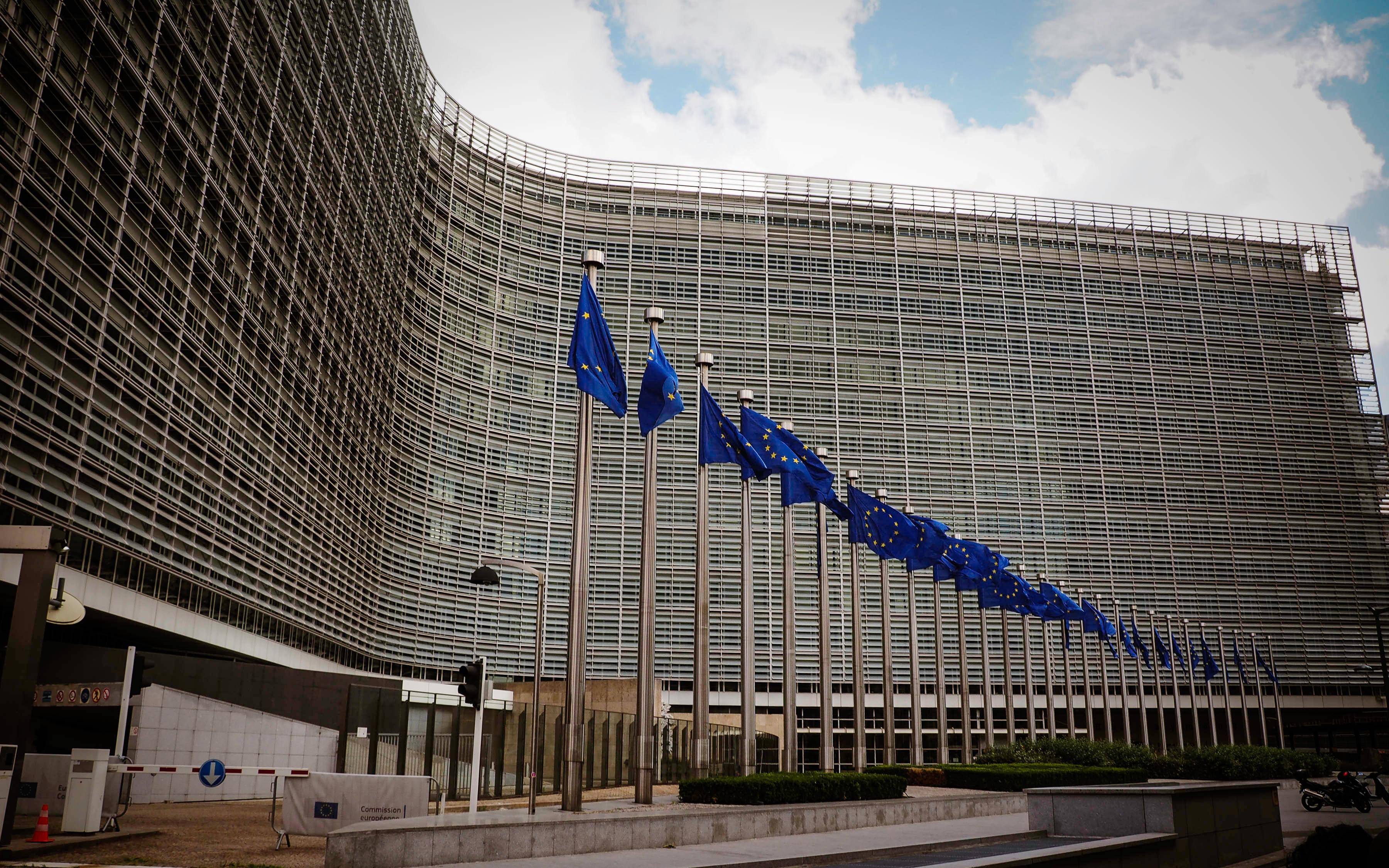 Austeritatea e pentru țările de mâna a doua, Uniunea Europeană cheltuiește sume fabuloase