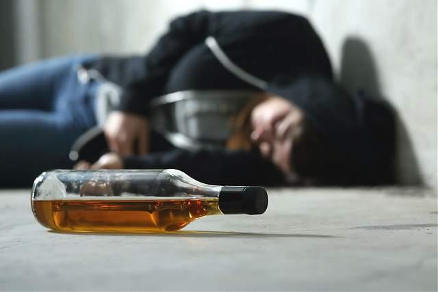 Accident ca la Vaslui. Un șofer beat chior a călcat un pieton în comă alcoolică