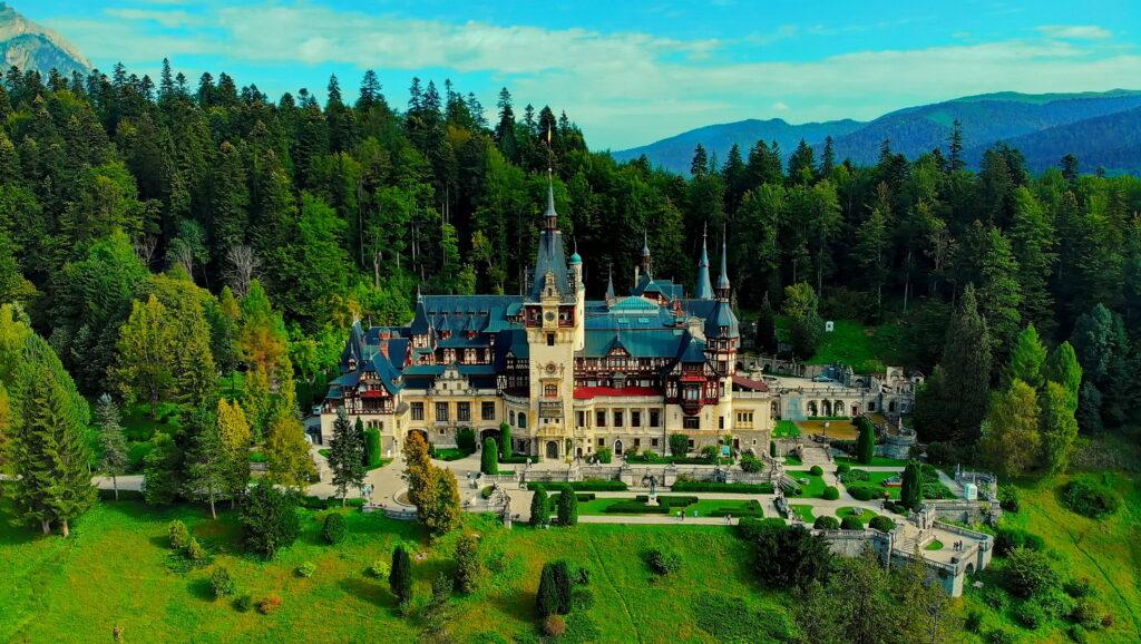 136 de ani de la inaugurarea Castelului Peleş