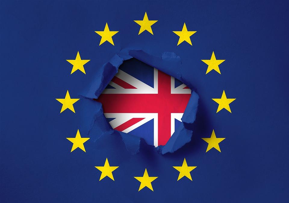 Brexit. Marea Britanie refuză regulile UE. Cum vor fi afectați angajații europeni