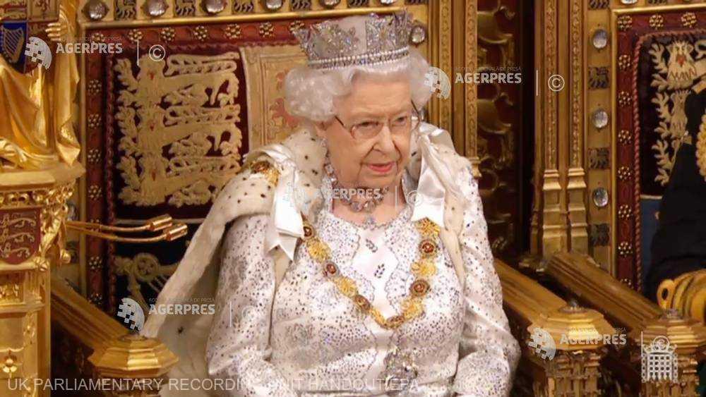 Gestul șocant al Reginei Marii Britanii. Să fie vorba de probleme de sănătate?!