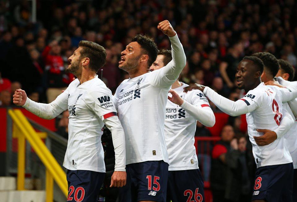 """S-a încheiat seria fantastică de victorii a lui Liverpool. """"Cormoranii"""", blocați la Manchester"""