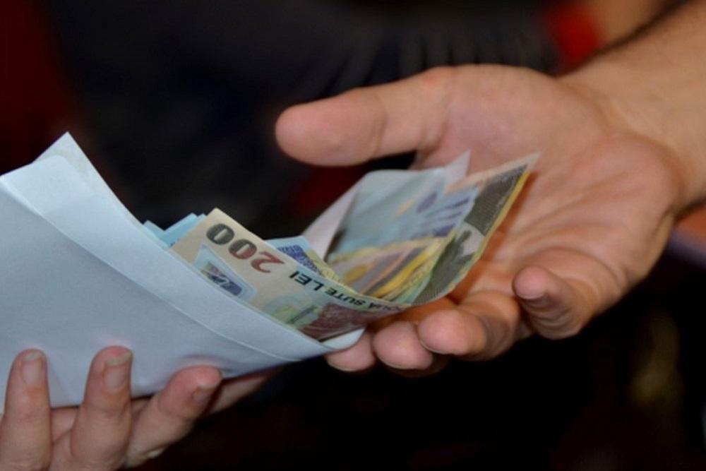 Modificări uriașe în legea pensiilor. Află ce, cât și cum vei primi!