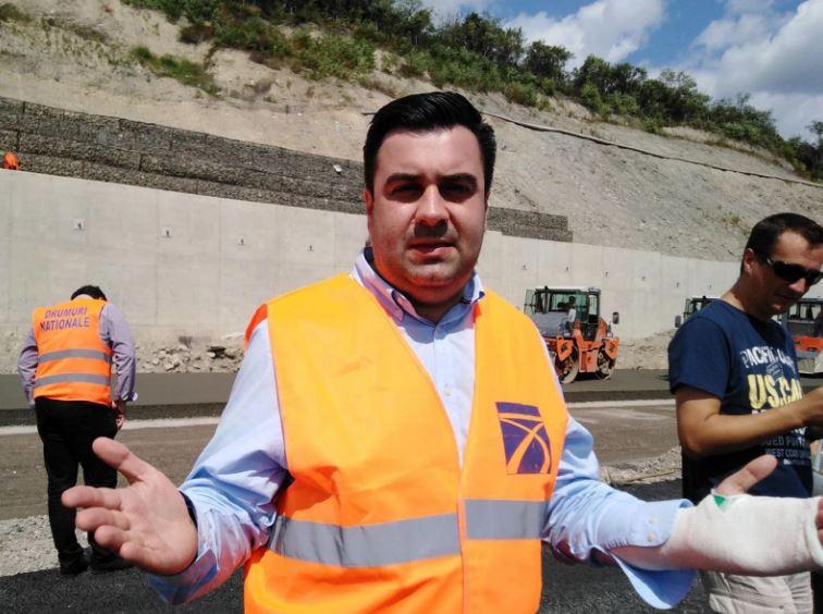 Răzvan Cuc și balivernele sale. Autostradă inexistentă, contracte reziliate doar pentru televiziuni, incompetență și lăcomie