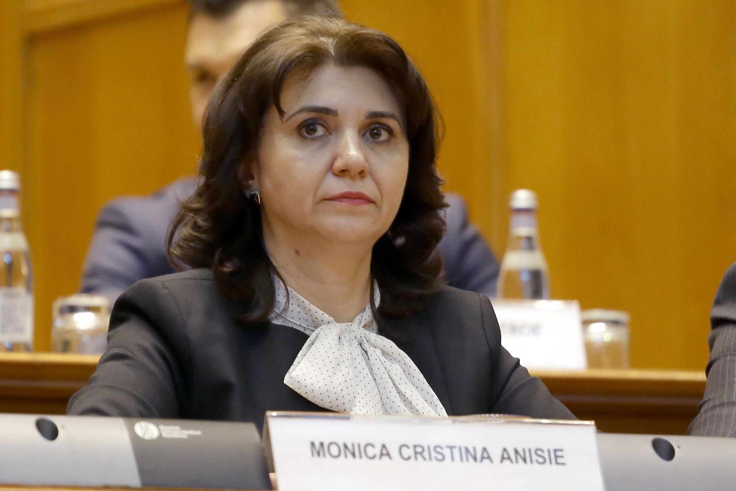 Școala românească se schimbă din temelii! Decizia de ultima oră afectează tot învățământul