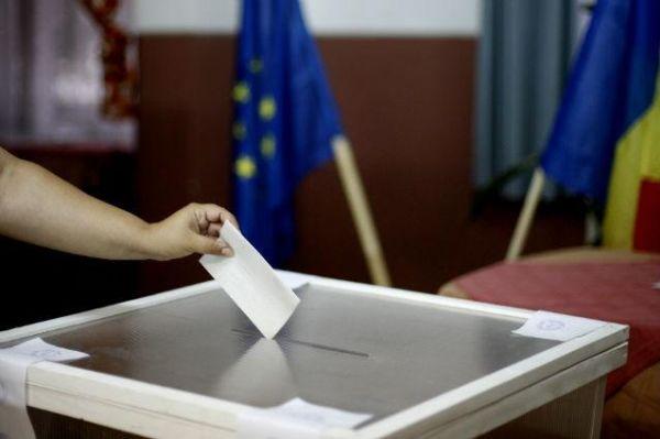 """Decizia Guvernului Orban provoacă controverse. """"De ce nu se poate vota la fel şi în ţară?"""""""