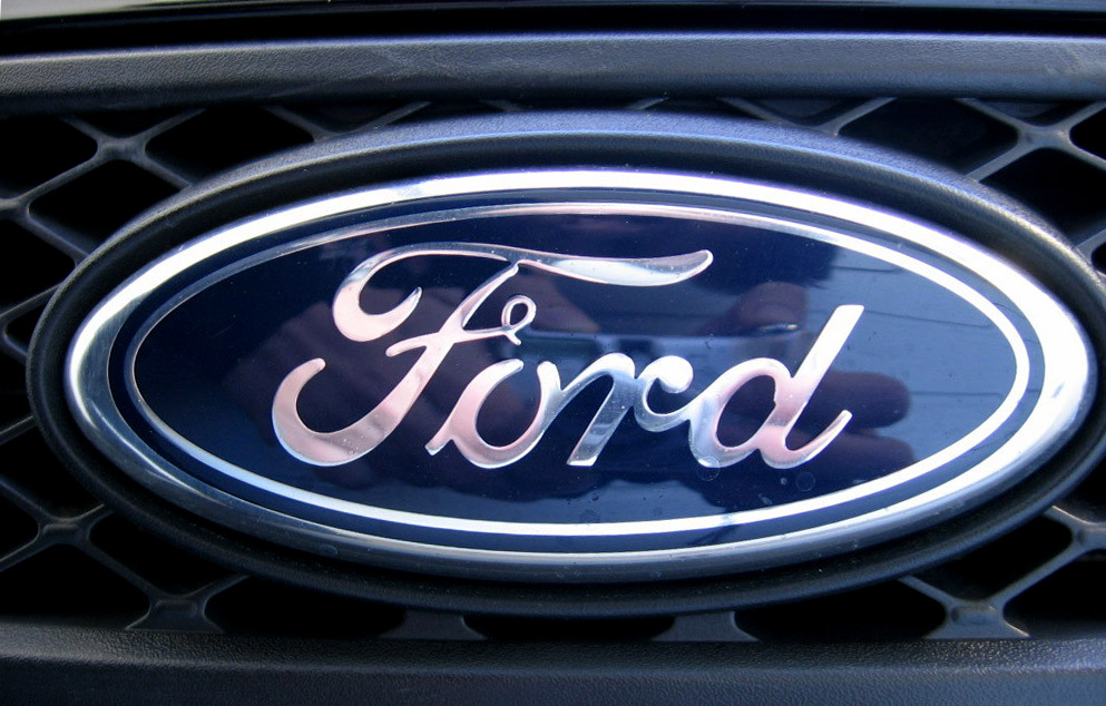 Probleme pentru proprietarii de Ford. Peste 500.000 de autovehicule, rechemate în service