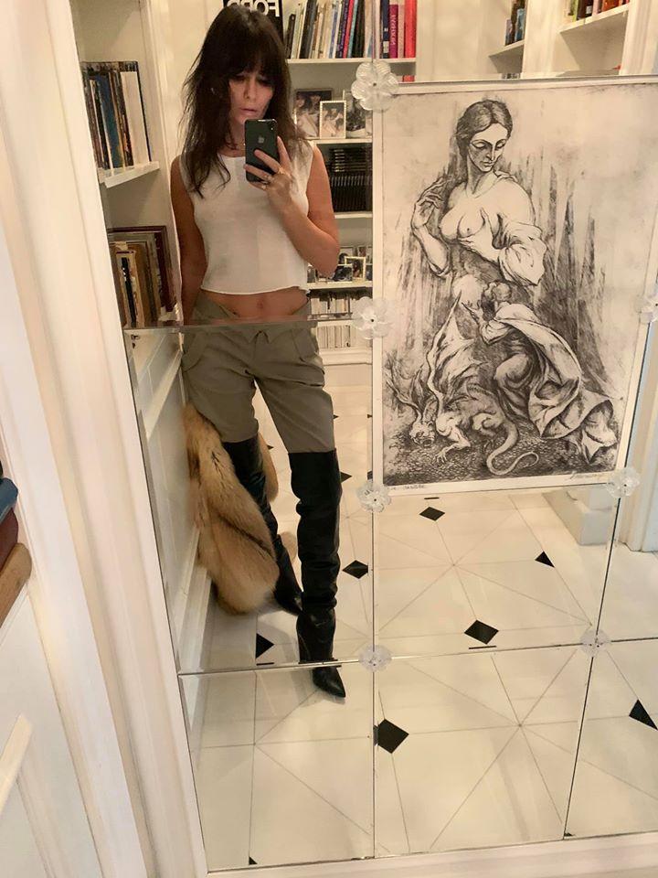 """Dana Budeanu: Verdict pentru """"fătălăii"""" care merg la mall şi despre cine este Dumnezeu"""