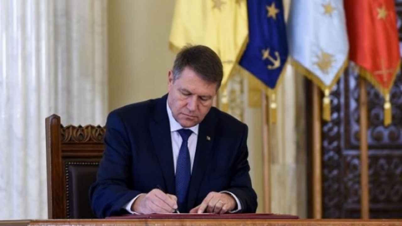 Bilanțul cadourilor primite de Klaus Iohannis. Suma la care ajung darurile dedicate președintelui României
