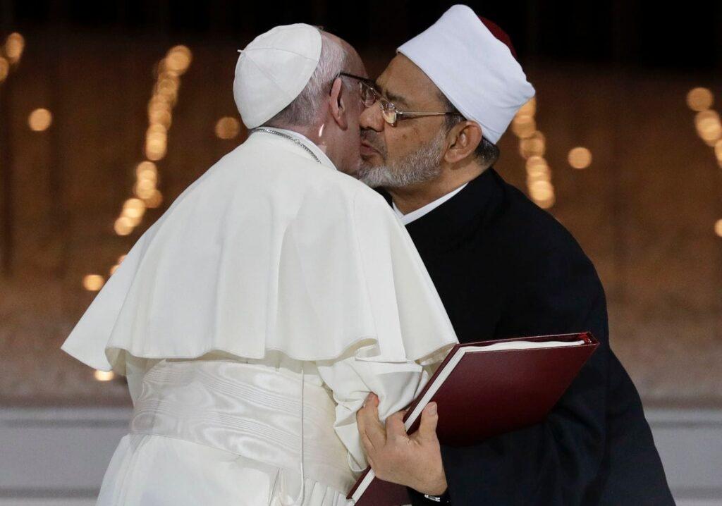 """""""Cântecul lui Roland"""" și ploconelile Papei în fața Imamului"""