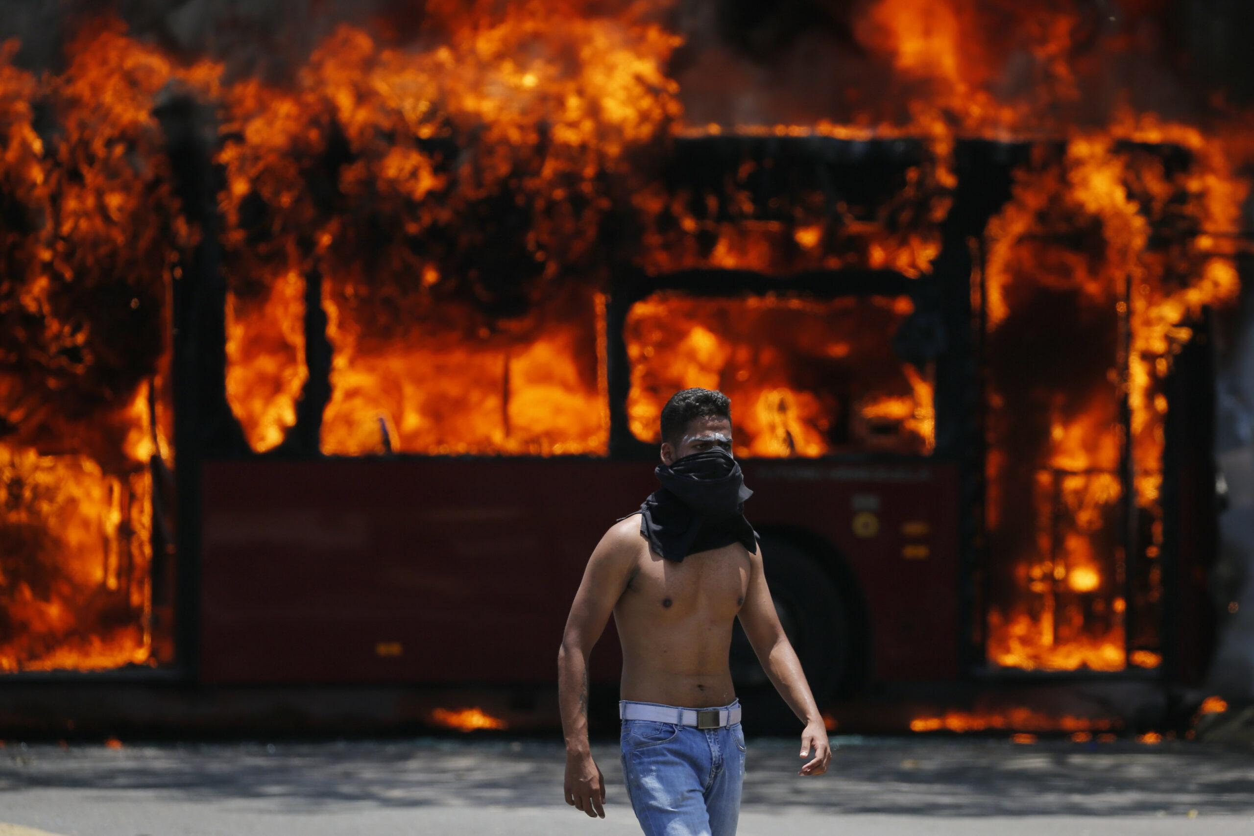 Războiul dintre interlopi aprinde Capitala. Declarații incendiare: comploturi și polițiști