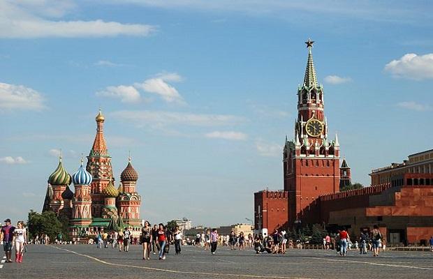 Scandal monstru în Rusia. Păpușa care a reușit să scandalizeze opinia publică
