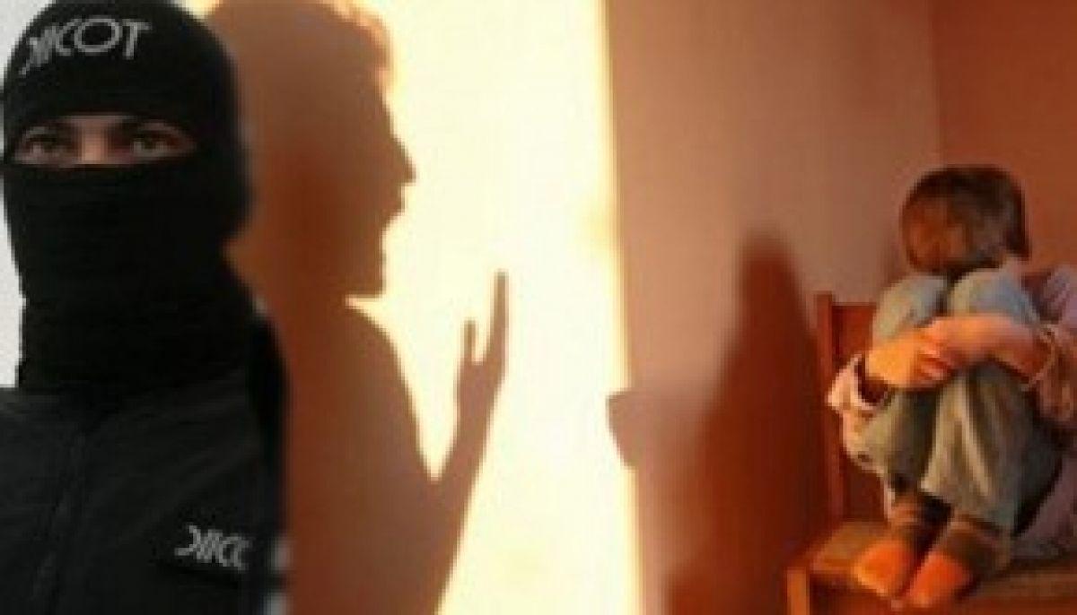 DIICOT-ul intră în școli. Eleve de liceu, victime ale proxeneților!?