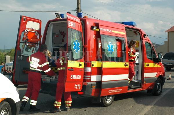 Accident rutier grav în Iași. Cinci persoane, printre care și un copil, au fost rănite