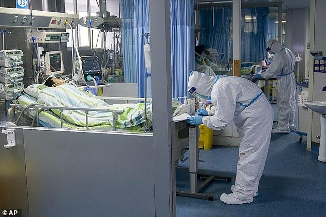 Cât va dura epidemia de coronavirus? Experţii vorbesc de riscul unor mutaţii