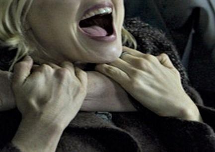 Scene teribile cu un actor român. A vrut să-și ucidă soția chiar în Biserică