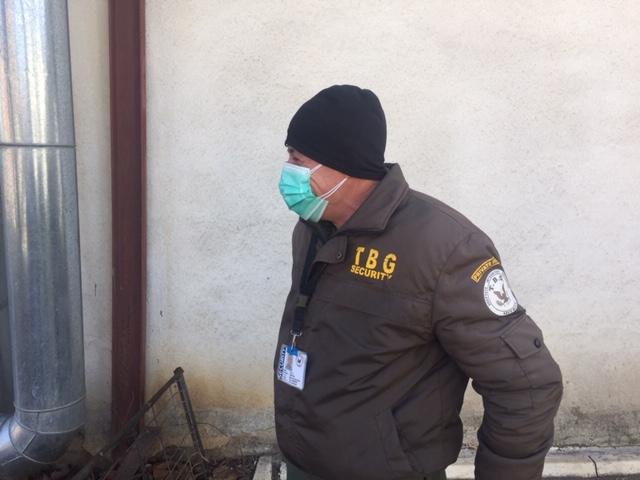 """EvZ TV. Locul unde e ucis Coronavirusul. Reportaj printre """"mascații"""" de la Matei Balș. În rest, e doar isteria de la televizor"""