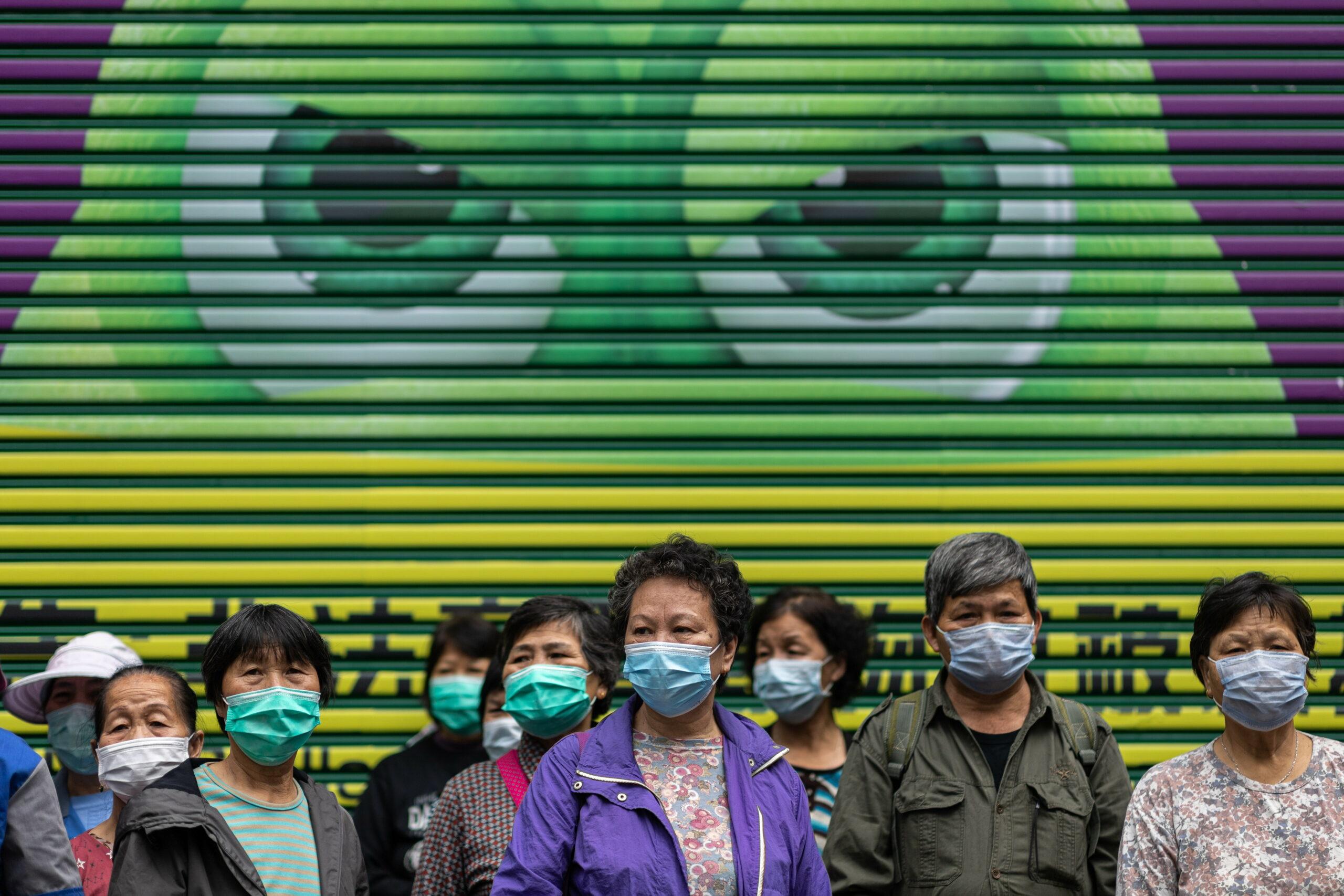 Epidemia de coronavirus pune la pământ economia globală. FMI stă la pândă
