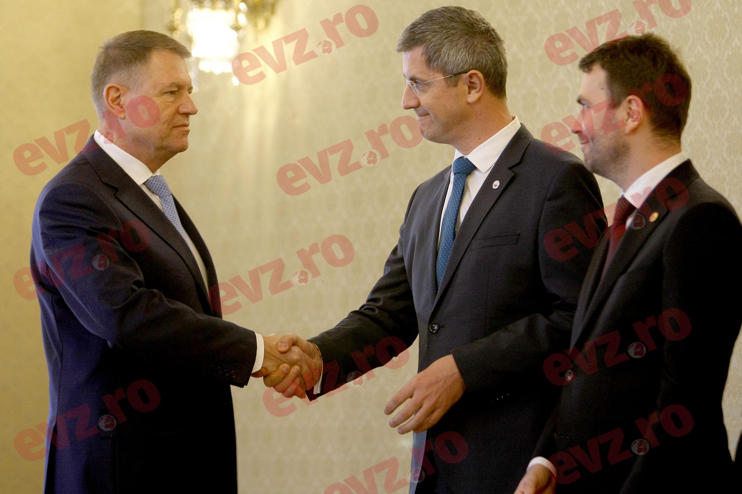 """USR atacă Guvernul Orban II. Dan Barna face un """"blat"""" cu PSD (Surse politice)"""