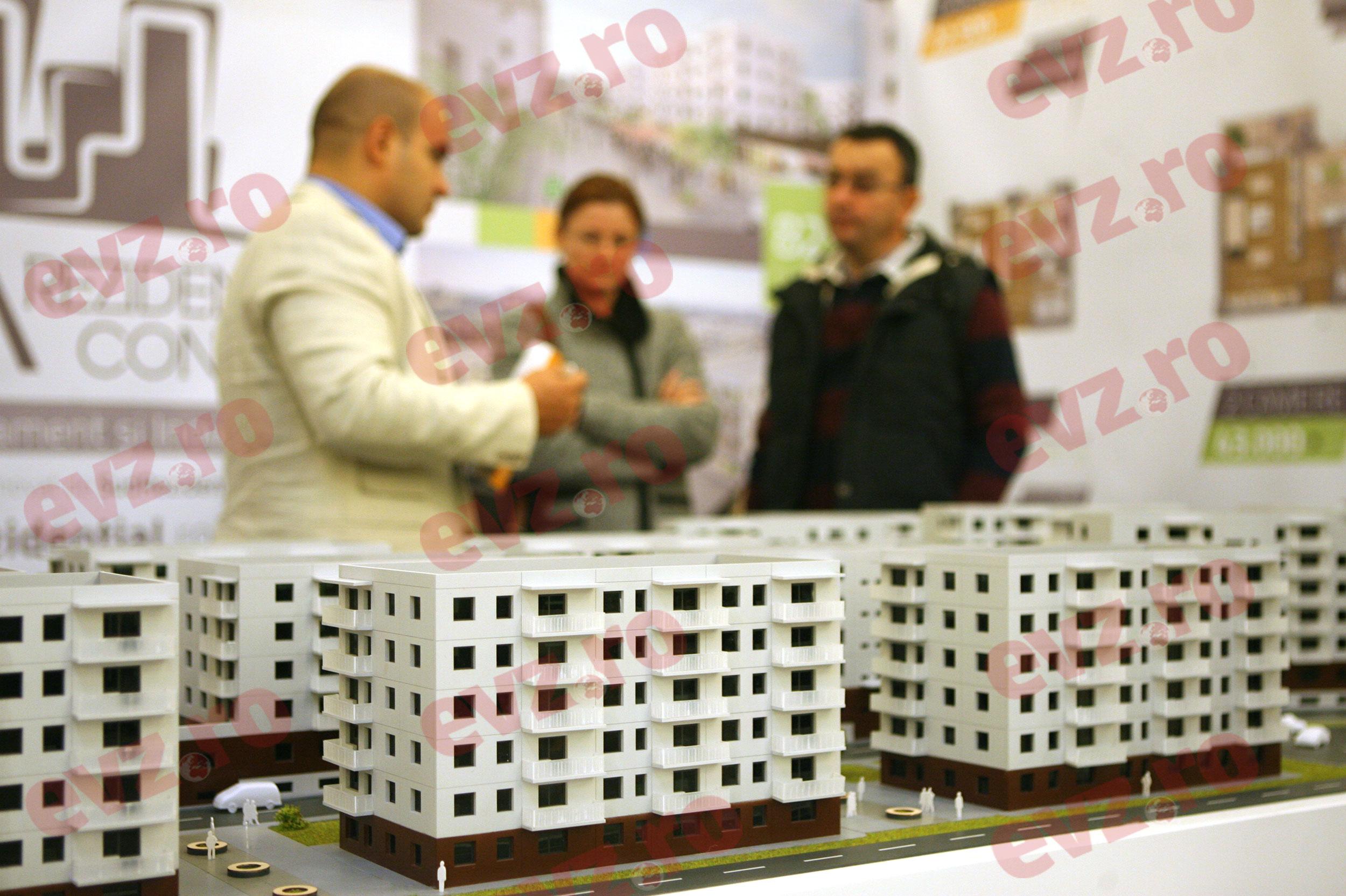 E jale! Zeci de mii de români riscă să-și piardă casele! Nu mai pot plăti