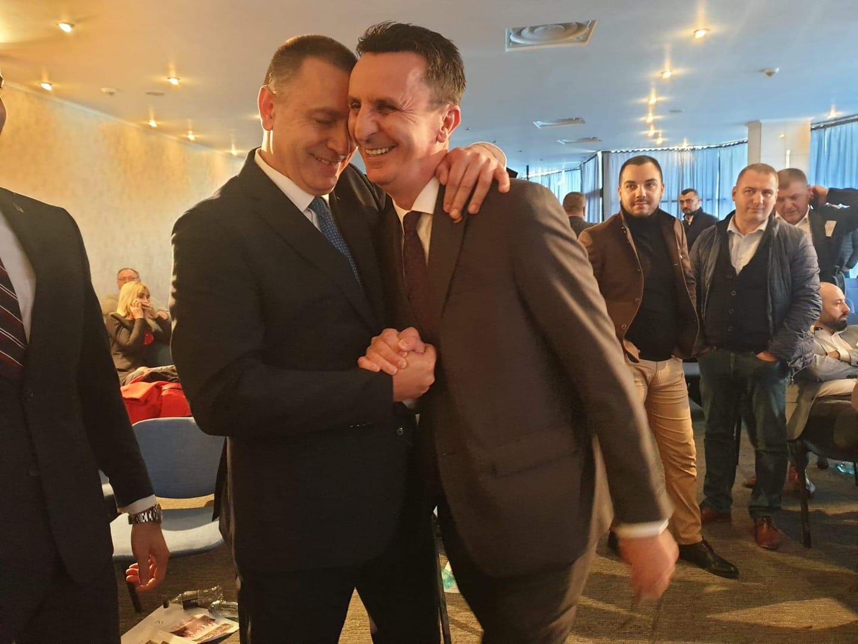 Mihai Fifor l-a făcut KO pe Căprar. Înfrângere umilitoare pentru liderul PSD