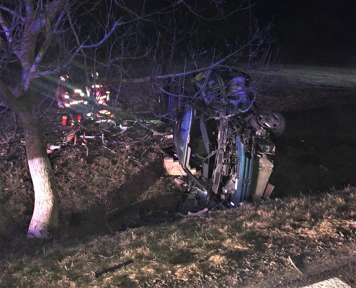 Constanța. Accident grav, cu un mort și doi răniți, provocat de un șofer băut, fost prefect