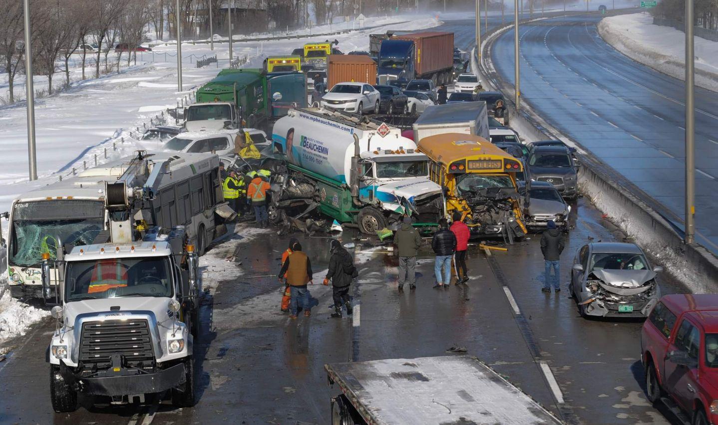Cel mai teribil accident din ultimii ani! 200 de mașini s-au lovit! VIDEO înfiorător