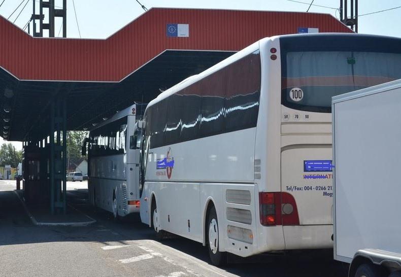 Alertă la graniță. Elevi români, întorși din Italia. Ce au decis autoritățile